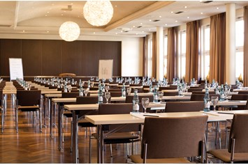 Eventlocation: CONGRESS UNION CELLE - Celler Saal bestuhl parlamentarisch - Congress Union Celle
